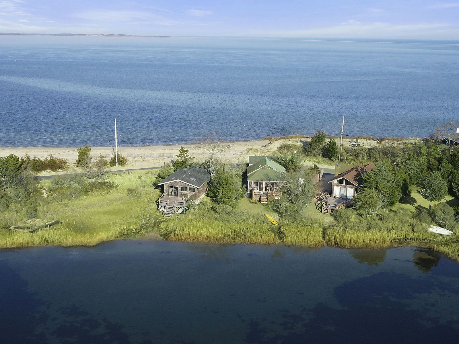 Louse Point Waterfront Perfection, East Hampton NY Single Family Home - Hamptons Real Estate
