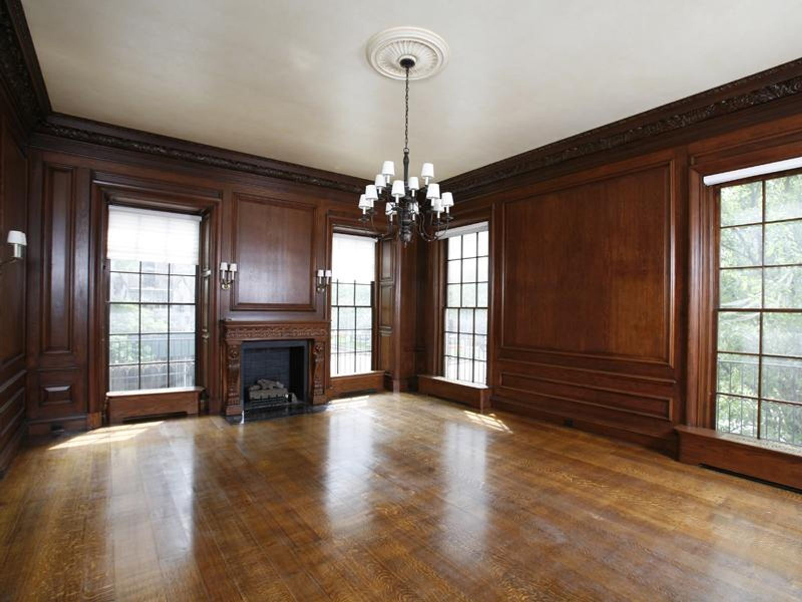 Federal Style Mansion on Park Avenue