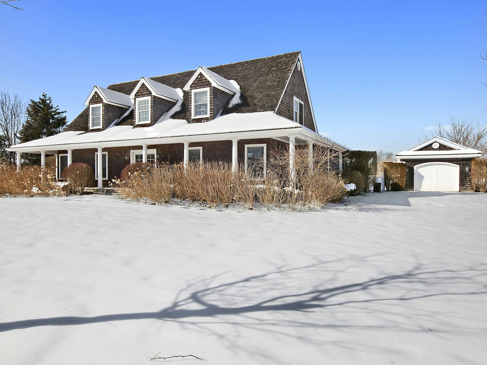 Secluded Traditional with Farm Vistas, Water Mill NY Single Family Home - Hamptons Real Estate