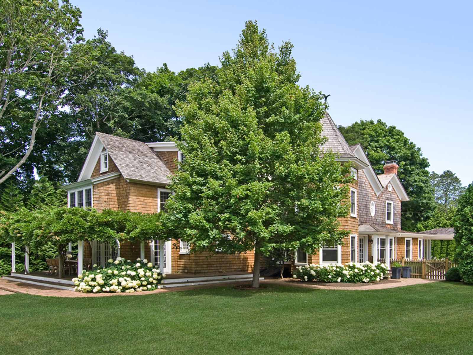 Village Classic with Guest Cottage, Southampton NY Single Family Home - Hamptons Real Estate