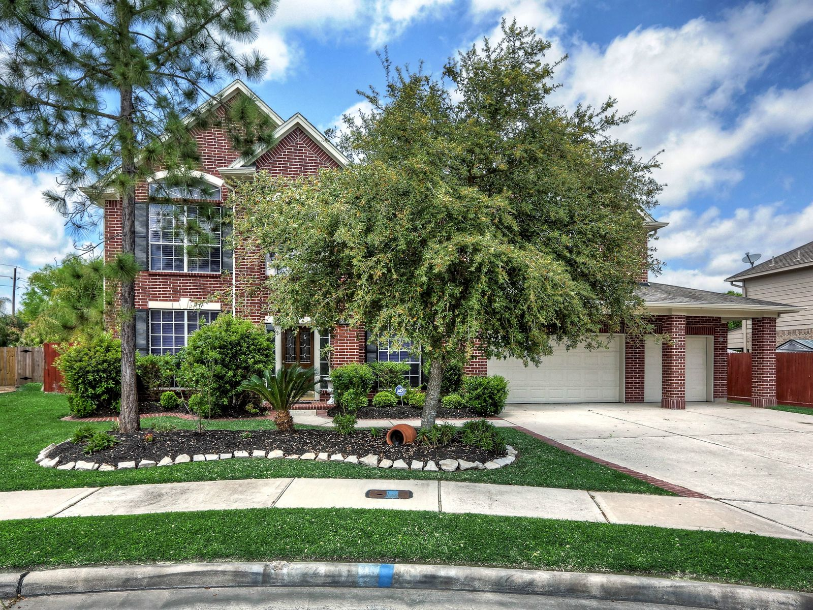 3704 Pine View Ct, Pearland TX Single Family Home - Houston Real Estate