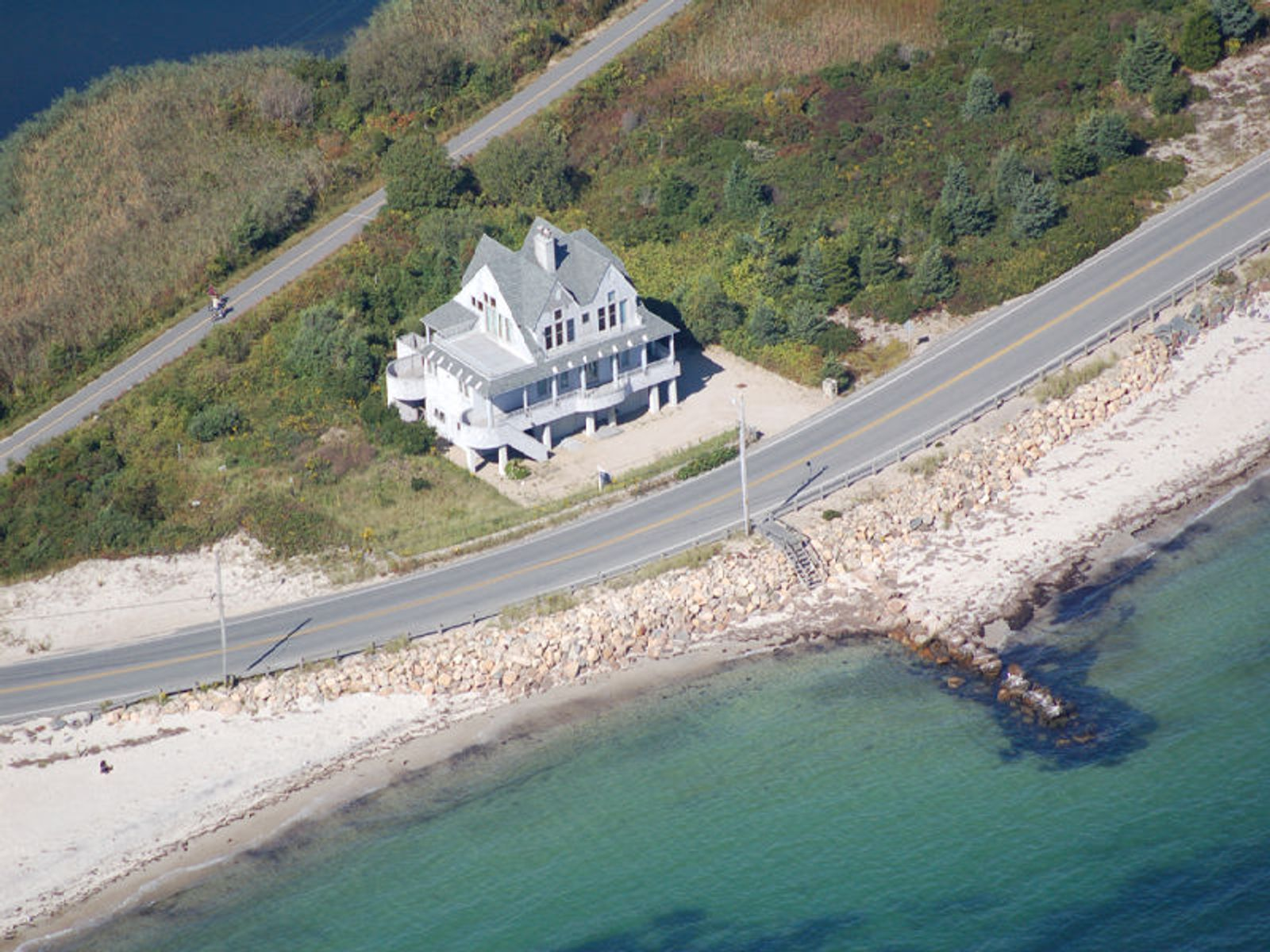 Best of the Beach, Falmouth MA Single Family Home - Cape Cod Real Estate