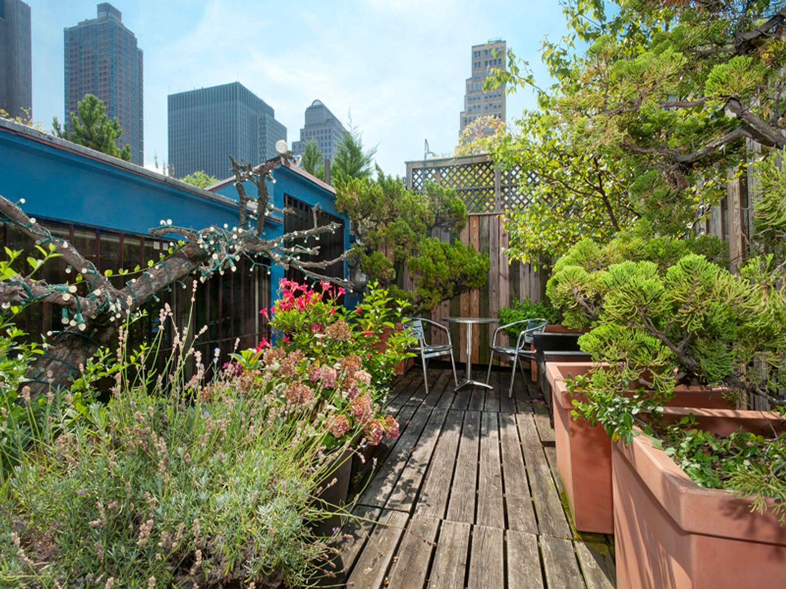 Classic TriBeCa Loft w/Private Roof Deck