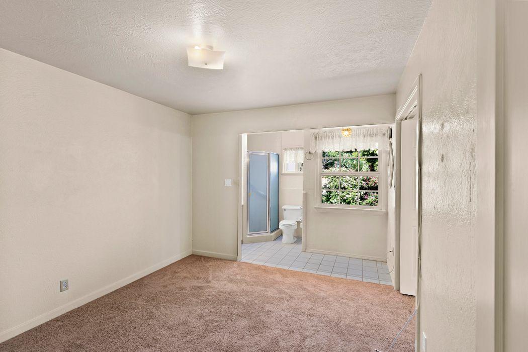 233 Tapadero Street Salinas, CA 93906