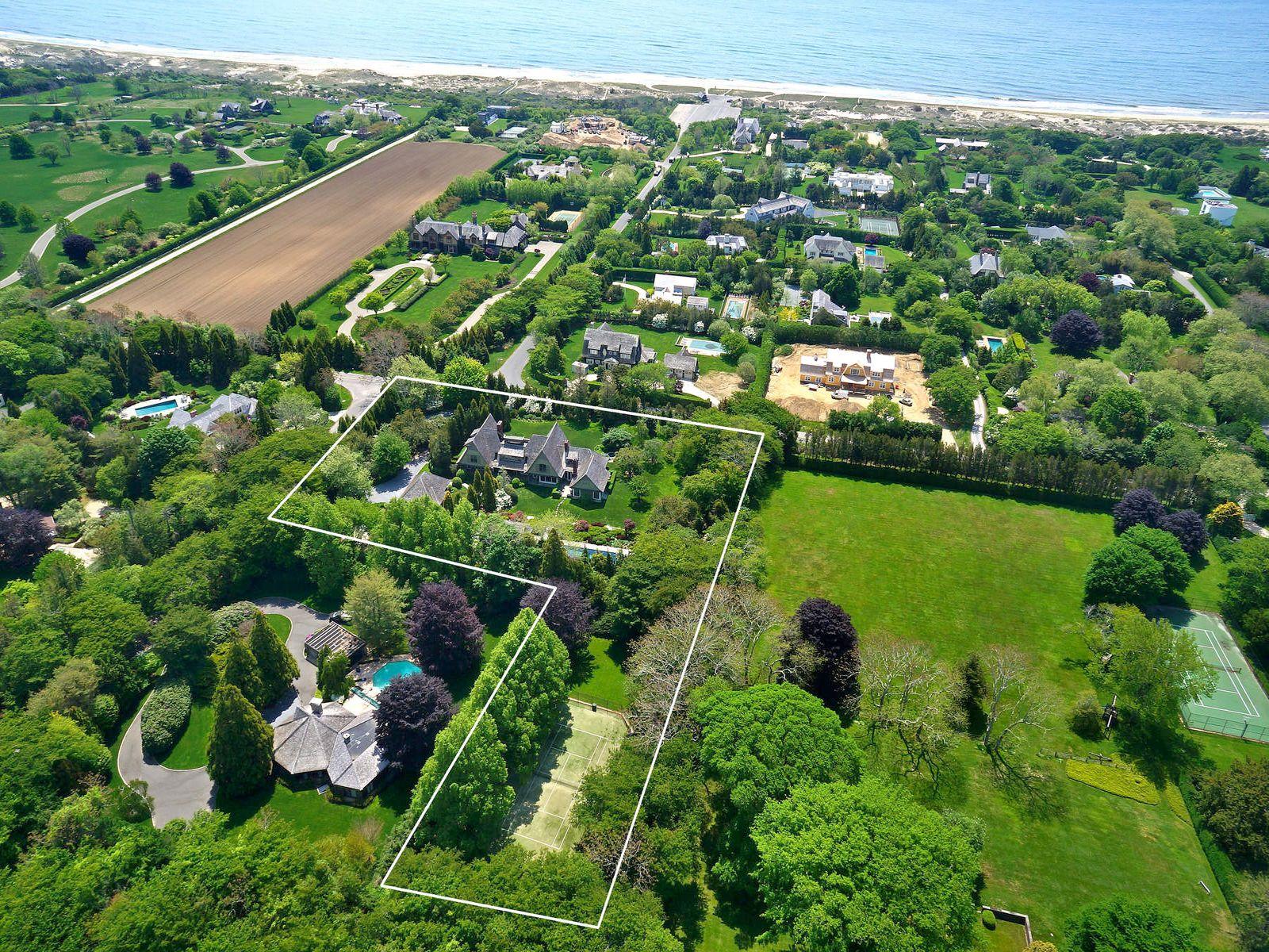 Exceptional Further Lane Estate, East Hampton NY Single Family Home - Hamptons Real Estate