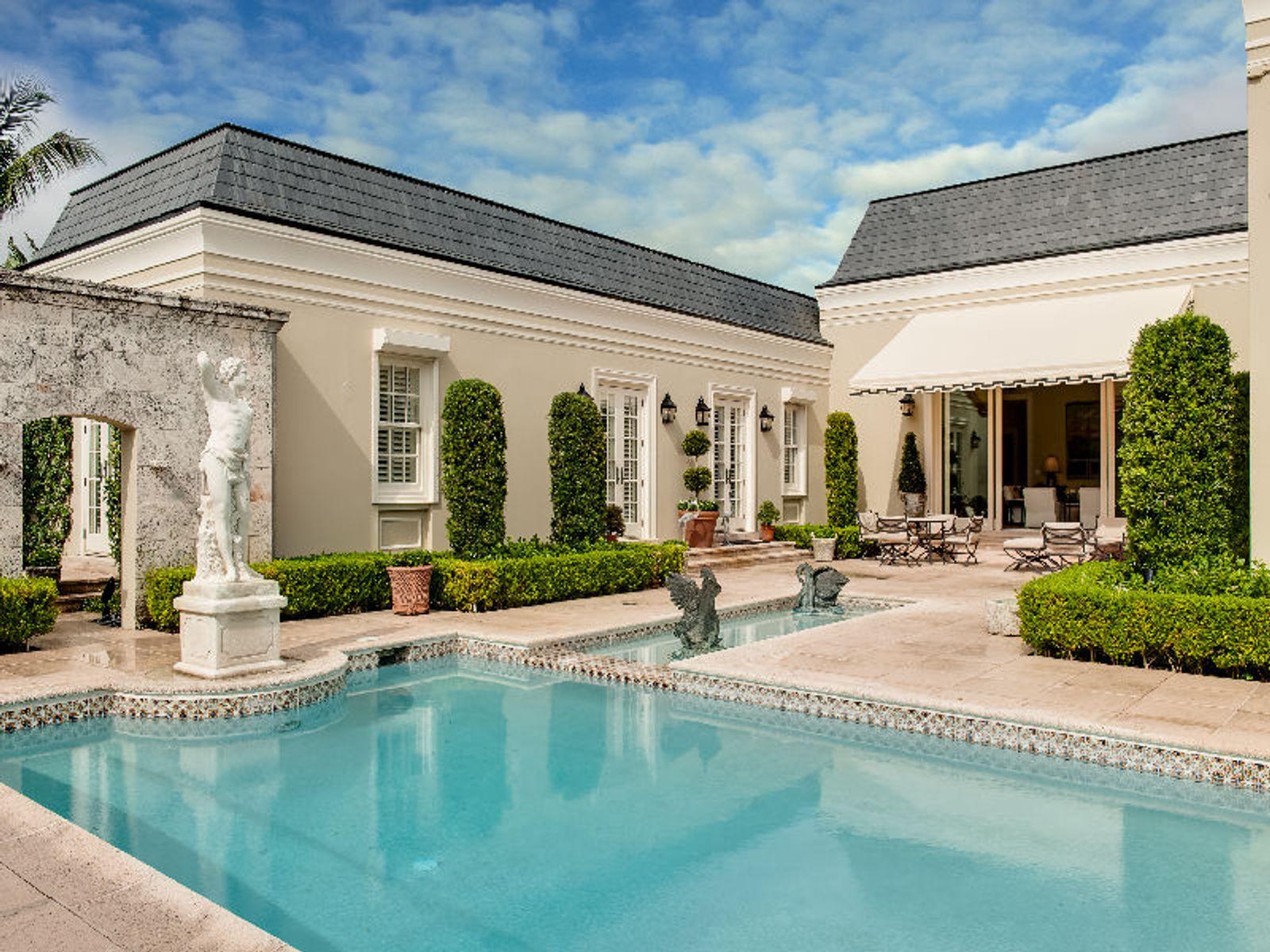 Sophisticated Casa Bendita