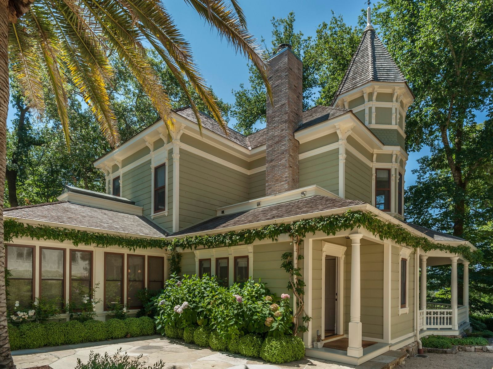 Meadowood Modern Victorian, Saint Helena CA Single Family Home - Sonoma - Napa Real Estate
