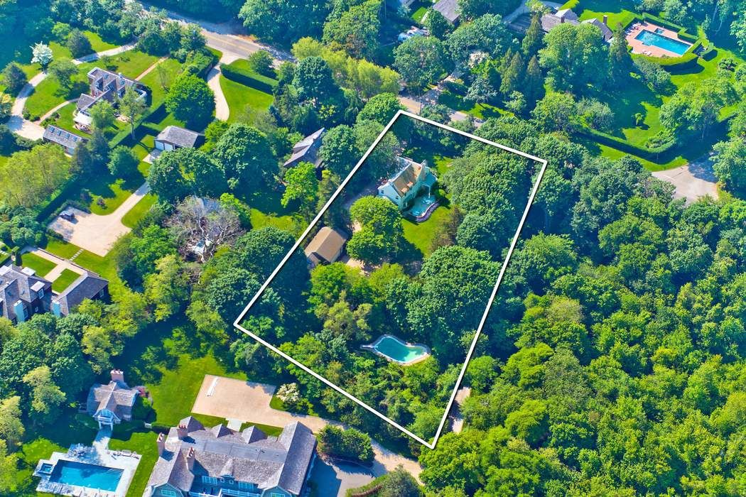 1+/- Acres, Bridgehampton South
