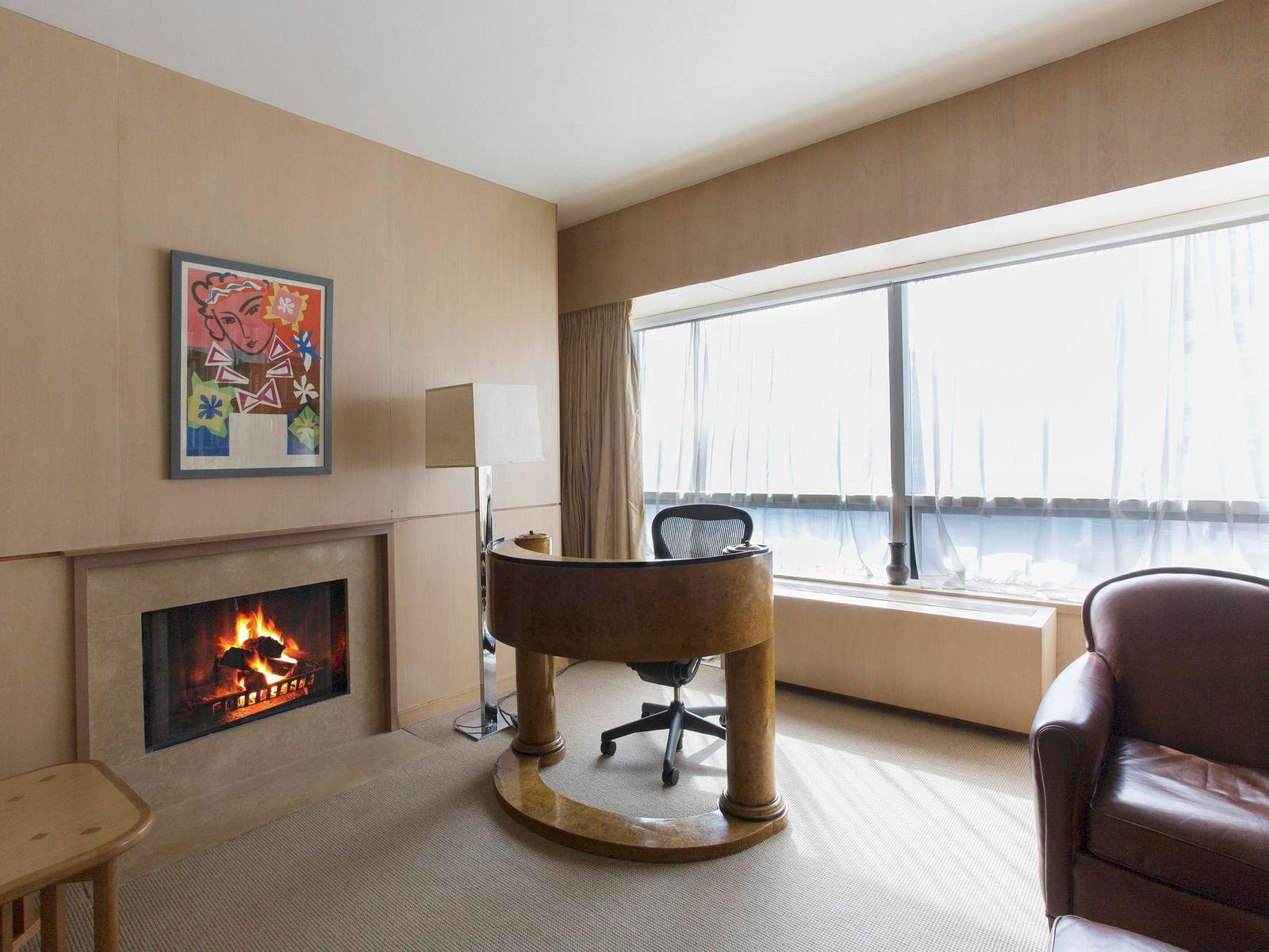500 Park Avenue – Condo, Glamour & Views