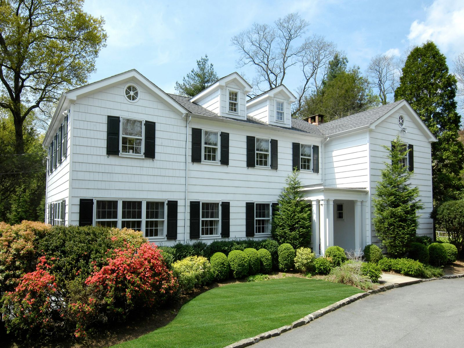 Grace and Tranquility, Greenwich CT Single Family Home - Greenwich Real Estate