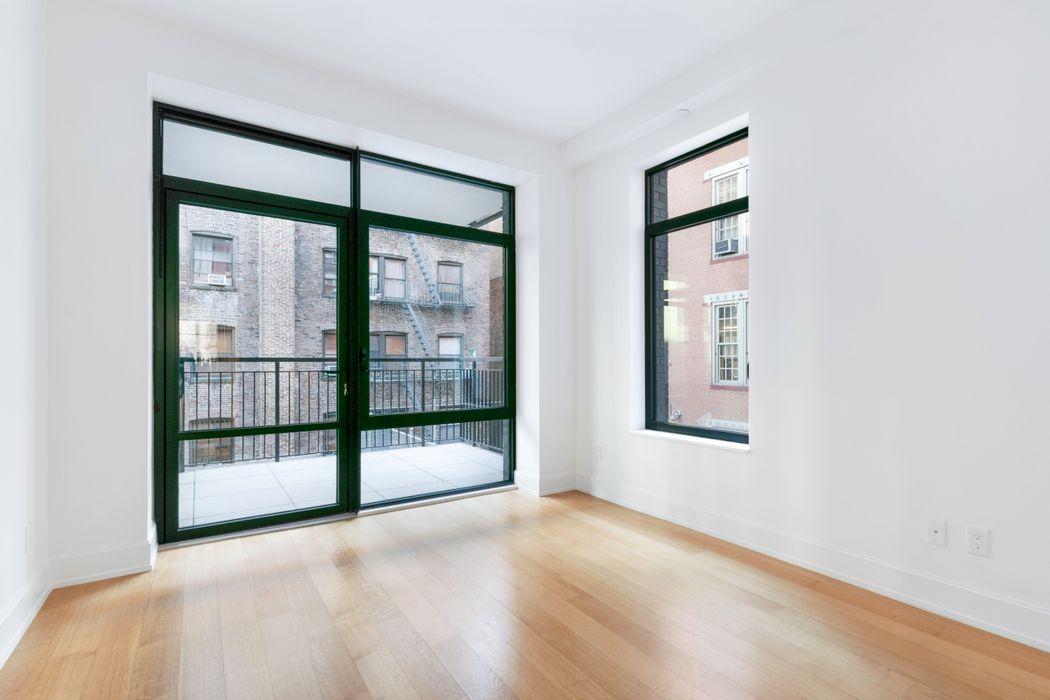 204 Forsyth Street New York, NY 10002