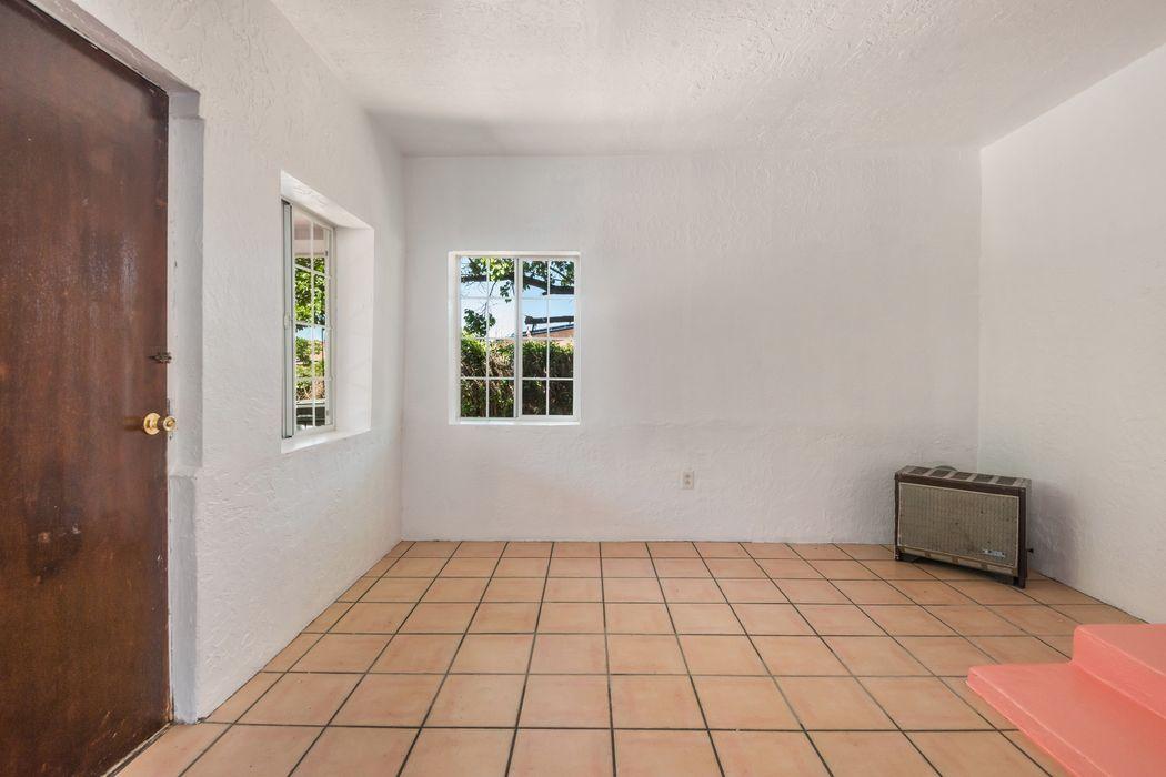 112 Richardo Rd Santa Fe, NM 87501