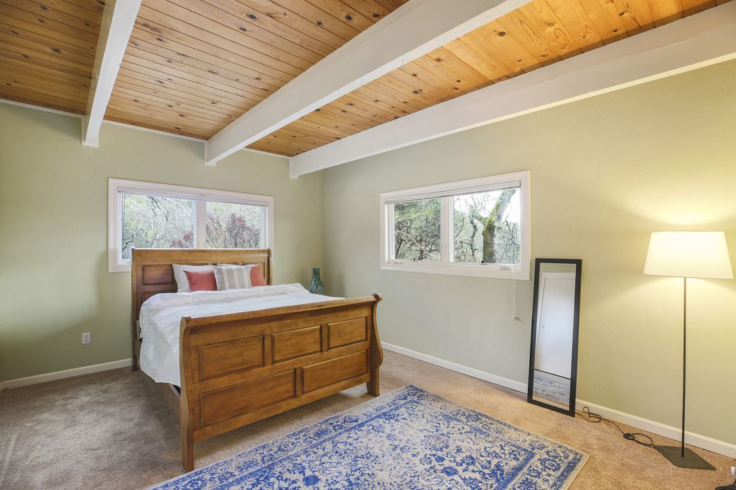 3638 Lovall Valley Rd Sonoma, CA 95476