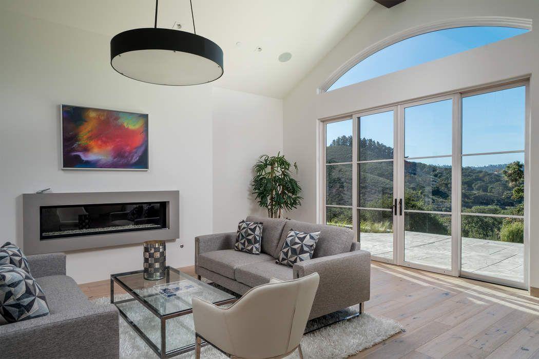 8320 Vista Monterra Monterey, CA 93940