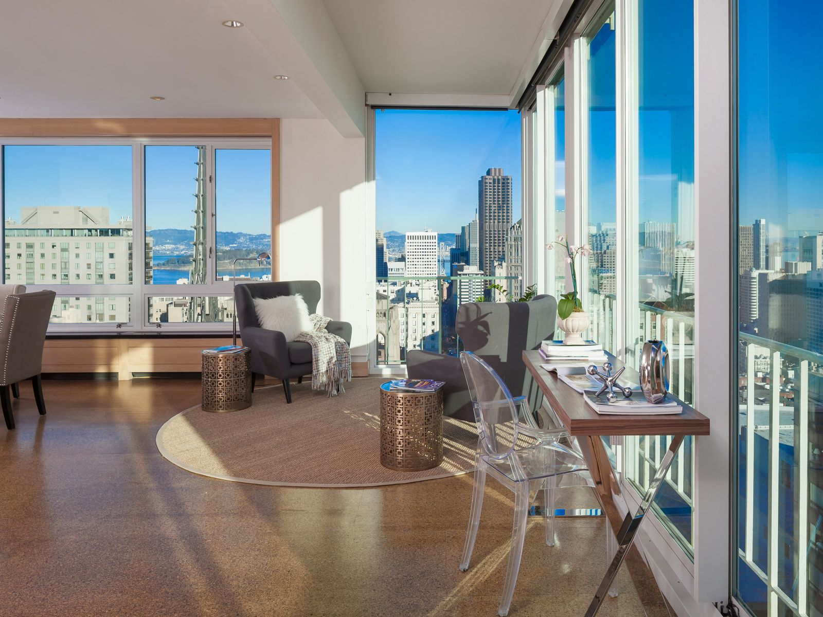 Rare, Two-Bedroom Apartment on Nob Hill