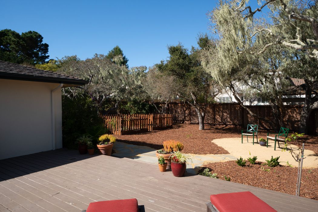 16 El Caminito Del Sur Monterey, CA 93940