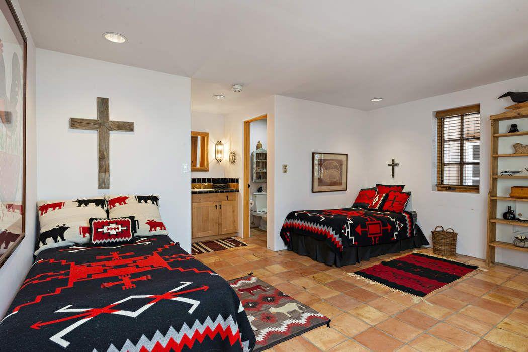 1428 Canada Del Sur Santa Fe, NM 87501