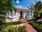 Charming+Bungalow+on+Seaview+Avenue