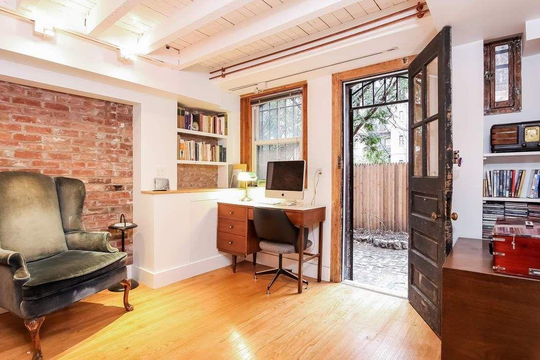 8 Warren Place Brooklyn, NY 11201
