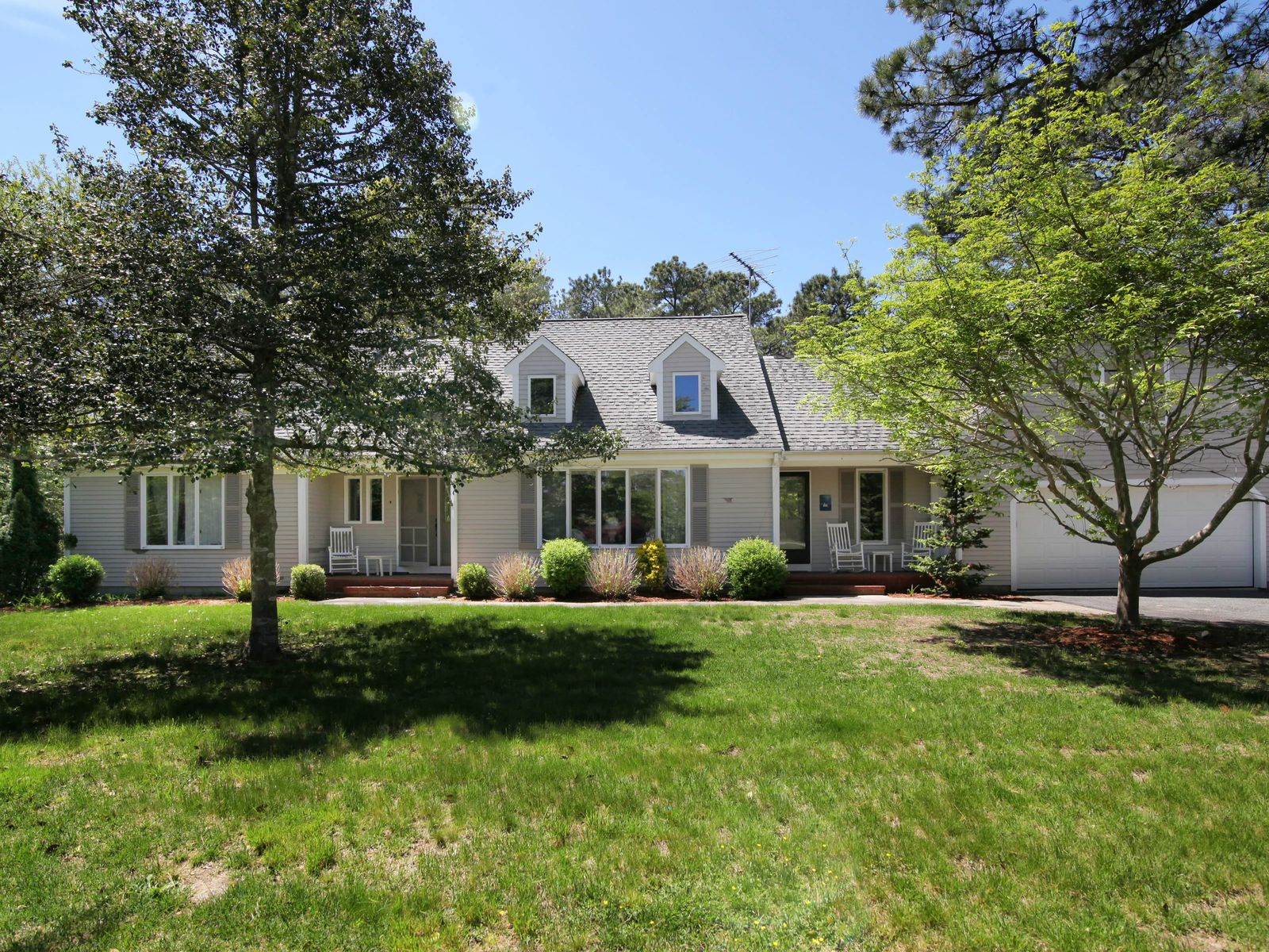 Indian Lakes Four Bedroom, Marstons Mills MA Single Family Home - Cape Cod Real Estate