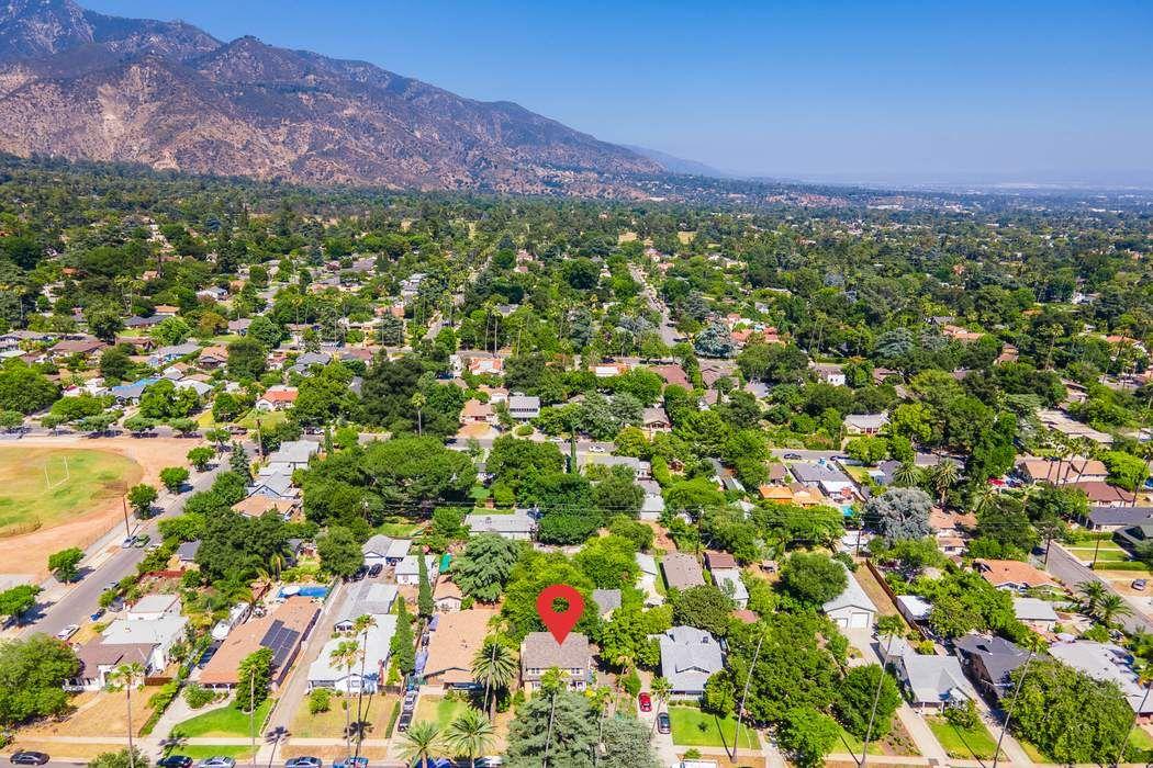 2058-2062 Lewis Avenue Altadena, CA 91001