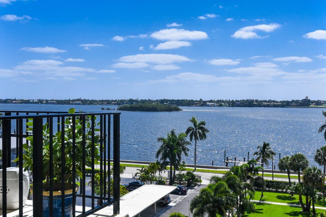 3800 Washington Rd West Palm Beach, FL 33405