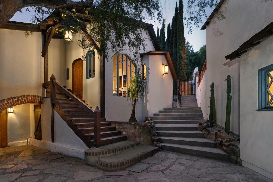 2306 Effie Street Los Angeles, CA 90026