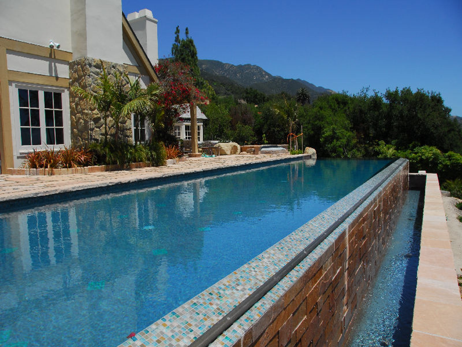 60-foot Infinity Pool