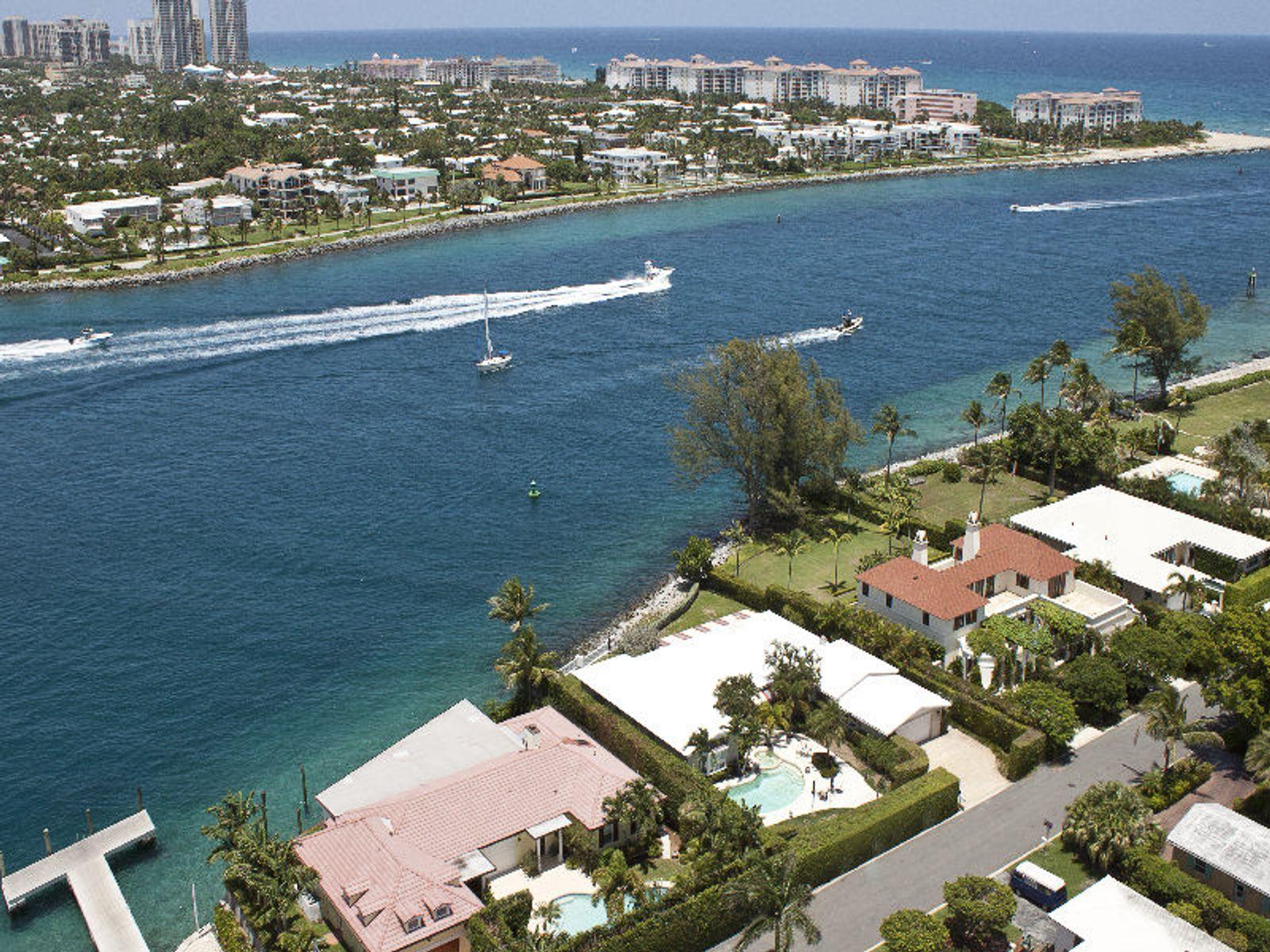 Spectacular Water Views