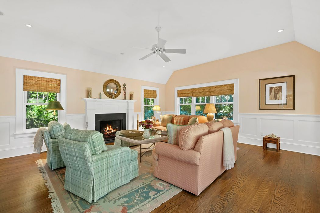 175 Church Lane Bridgehampton, NY 11932