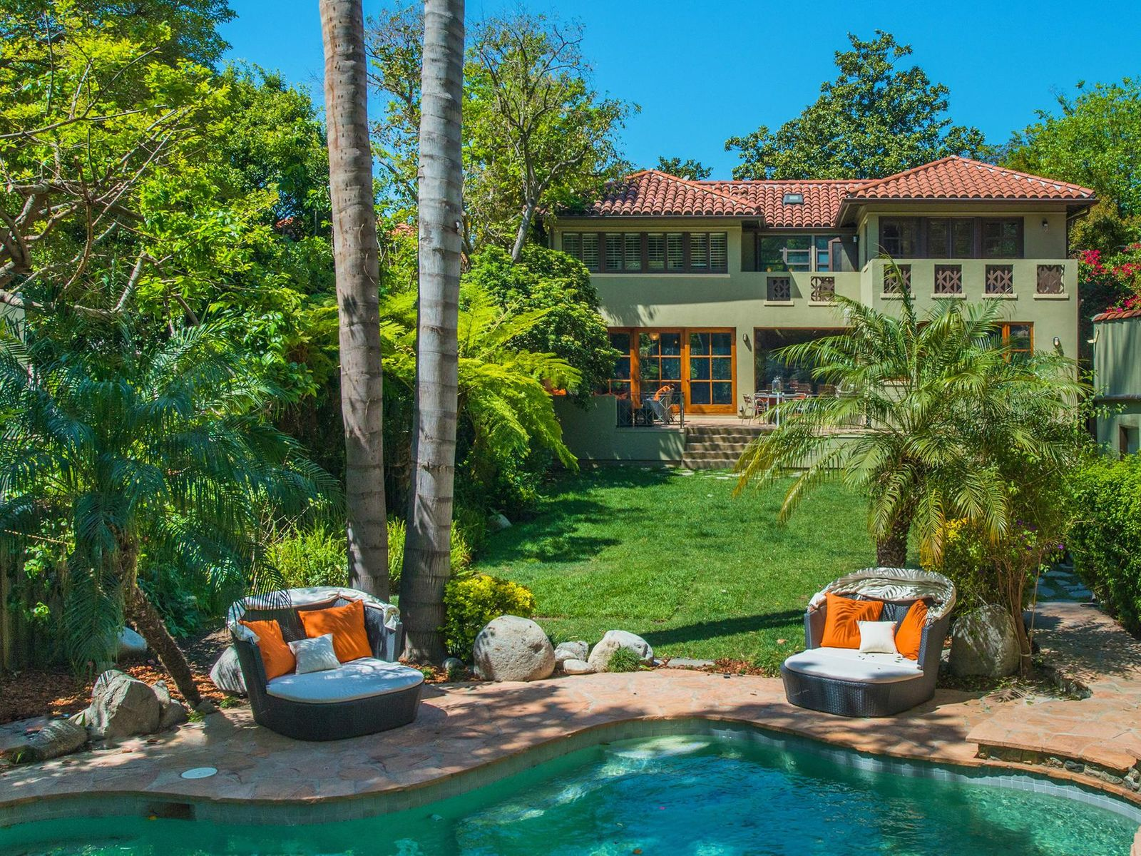 Classic Los Feliz Mediterranean, Los Angeles CA Single Family Home - Los Angeles Real Estate