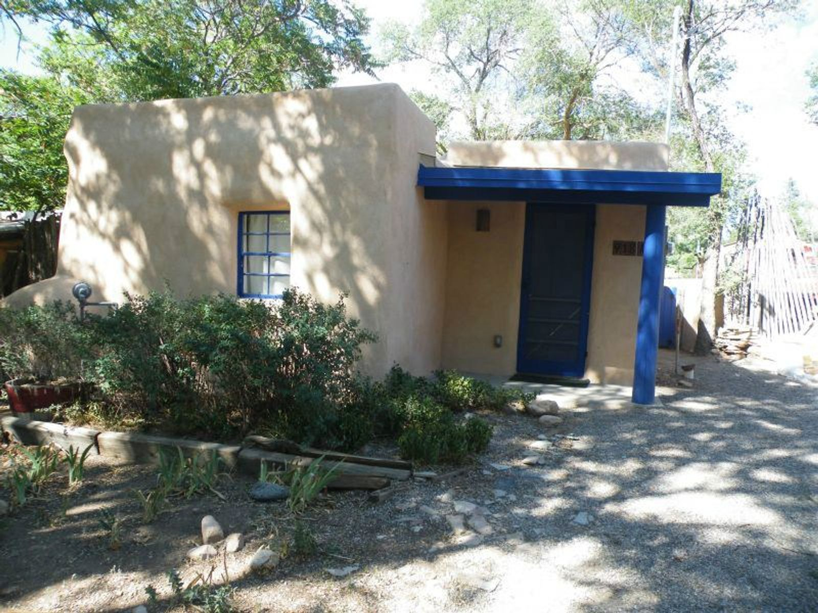 918-A Acequia Madre, Santa Fe NM Single Family Home - Santa Fe Real Estate
