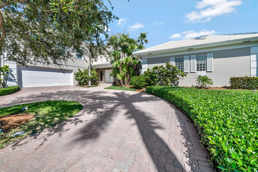 52 Spanish River Dr Ocean Ridge, FL 33435