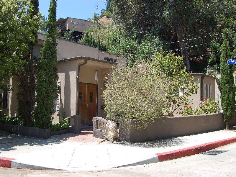 2647 Canyon Drive