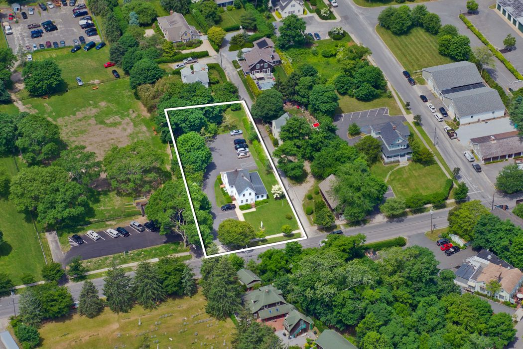 .55 Acre in the Village of Southampton Southampton, NY 11968