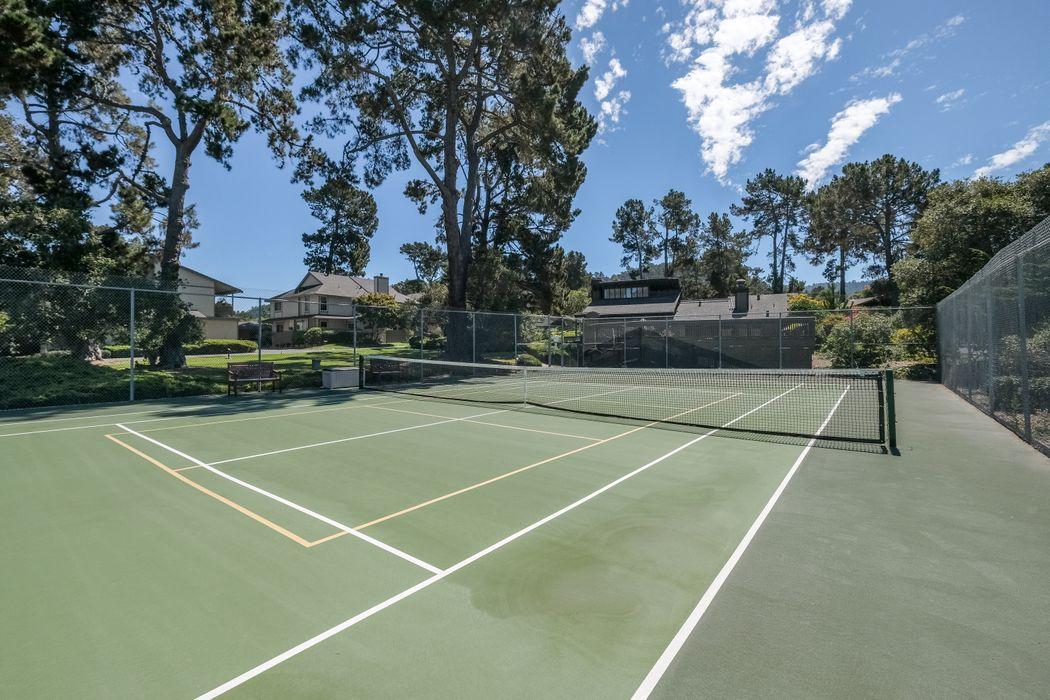 1360 Josselyn Canyon Road, Apt. #42 Monterey, CA 93940