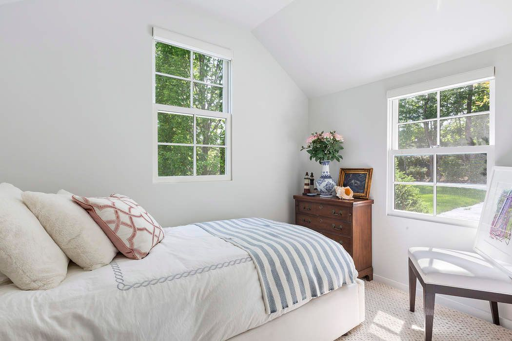 CHIC 5 BEDROOM COTTAGE IN SOUTHAMPTON Southampton, NY 11968