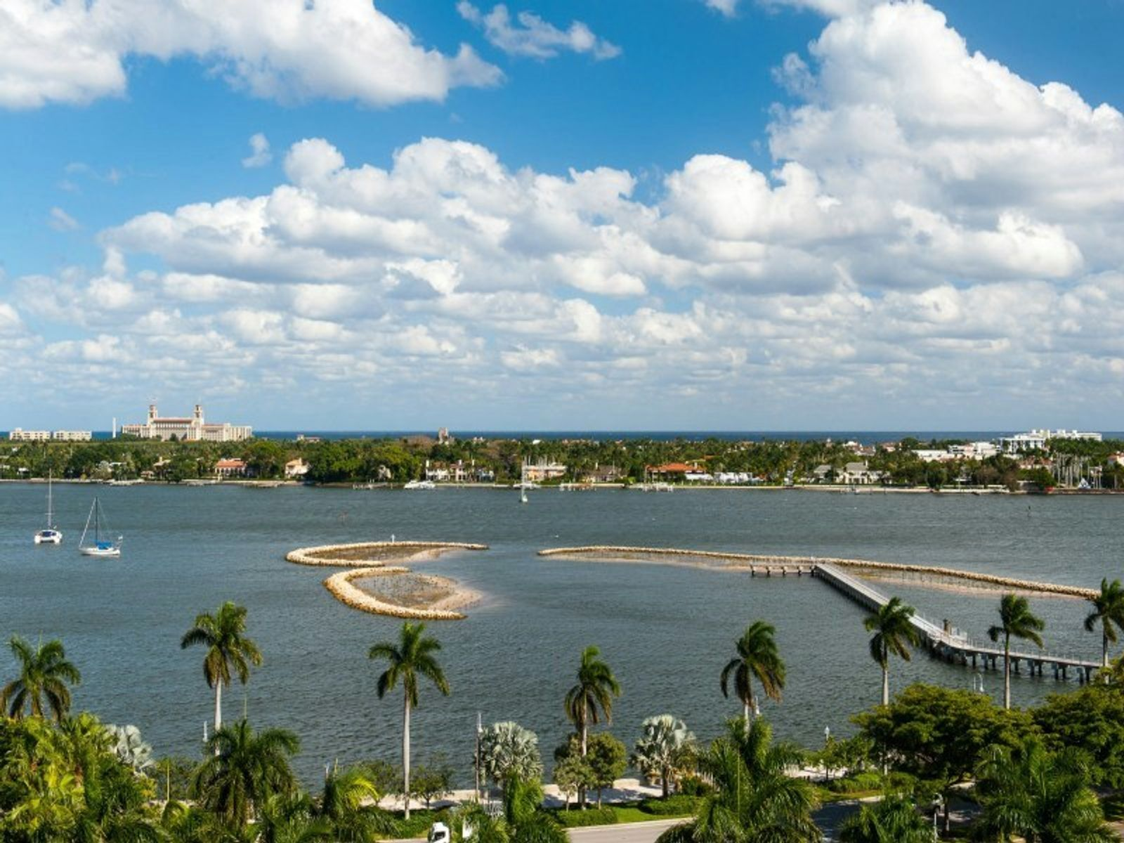Trump Plaza 9G, West Palm Beach FL High Rise - Palm Beach Real Estate