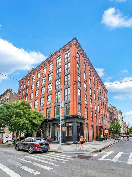 374 Broome Street New York, NY 10013
