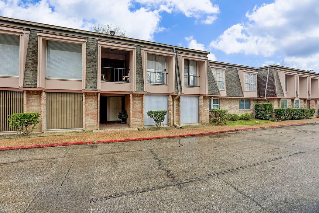 12633 Memorial Dr #165 Houston, TX 77024