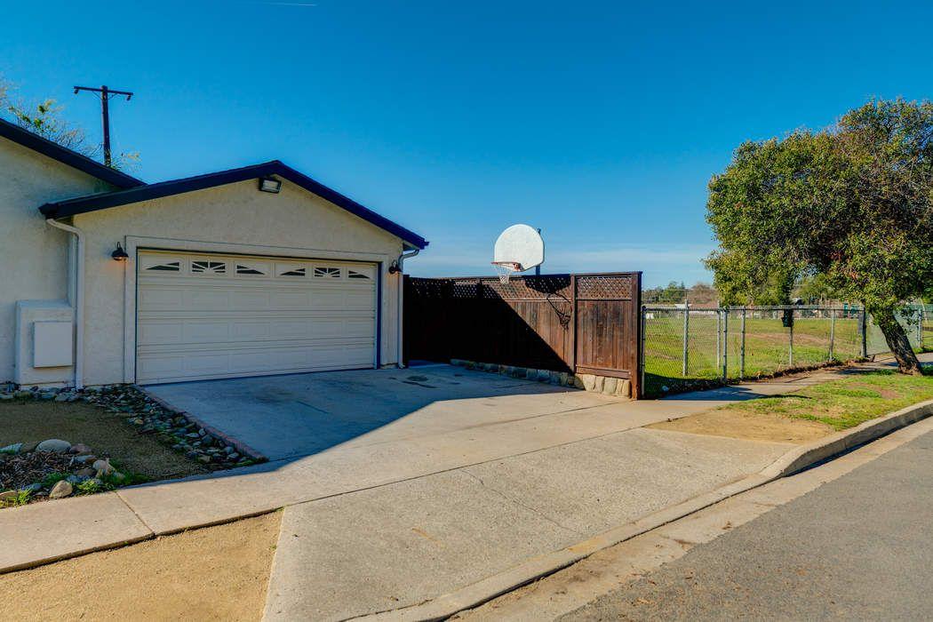 1117 Ayers Avenue Ojai, CA 93023