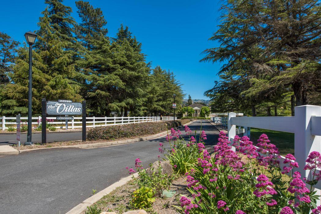 23799 Monterey Salinas Highway #27 Salinas, CA 93908