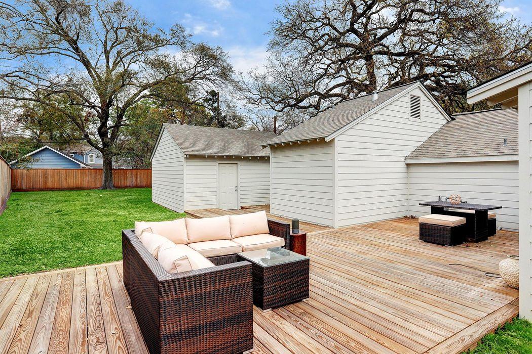718 West 30th Street Houston, TX 77018