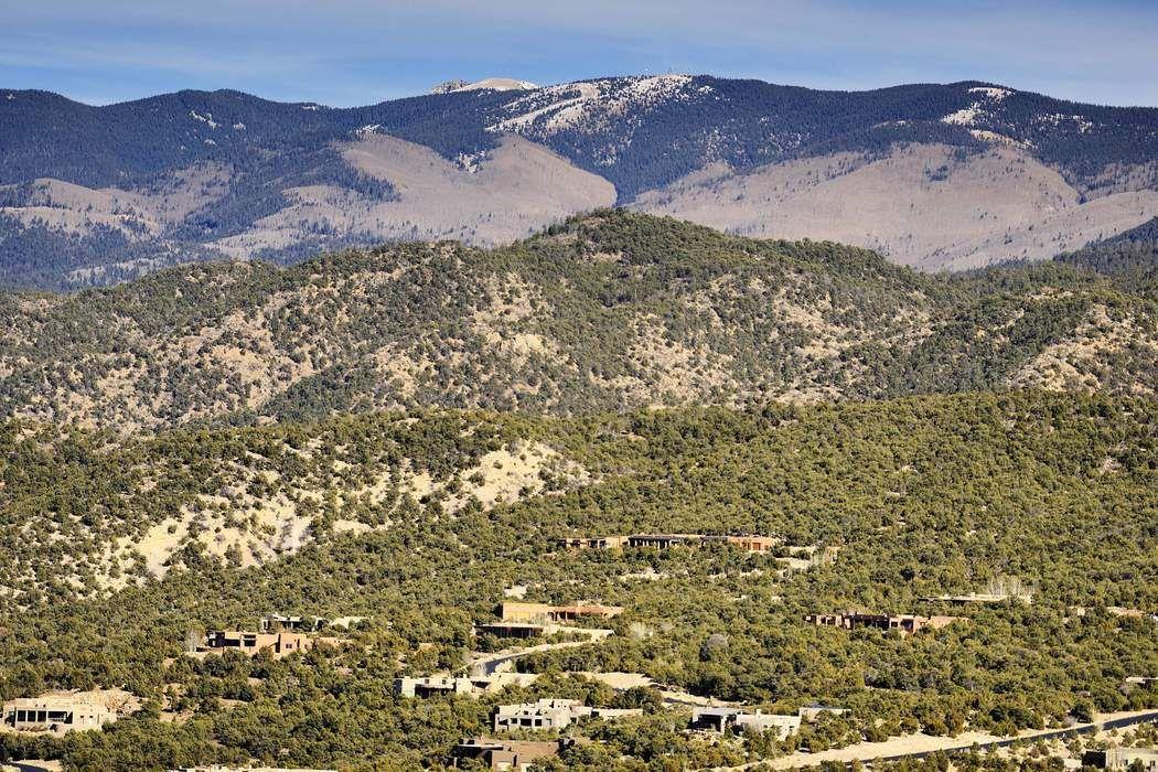 197 Circle Drive Santa Fe, NM 87501