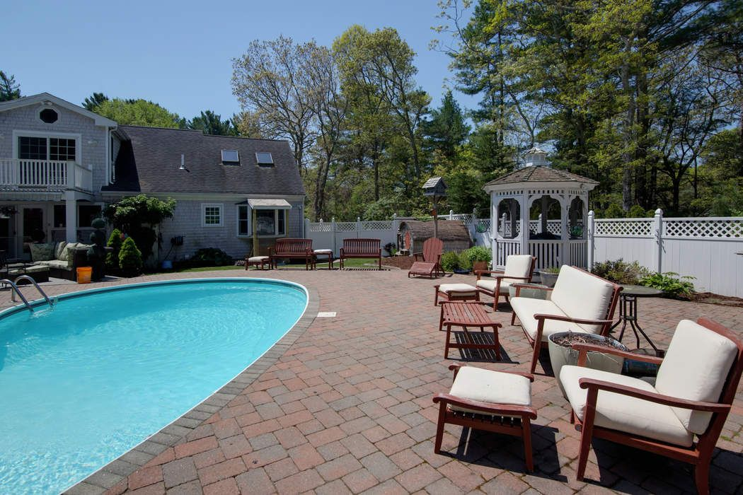Fabulous Hunter Hills Cape West Barnstable, MA 02668