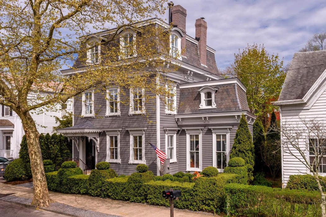 Iconic Benjamin Hope House Sag Harbor, NY 11963