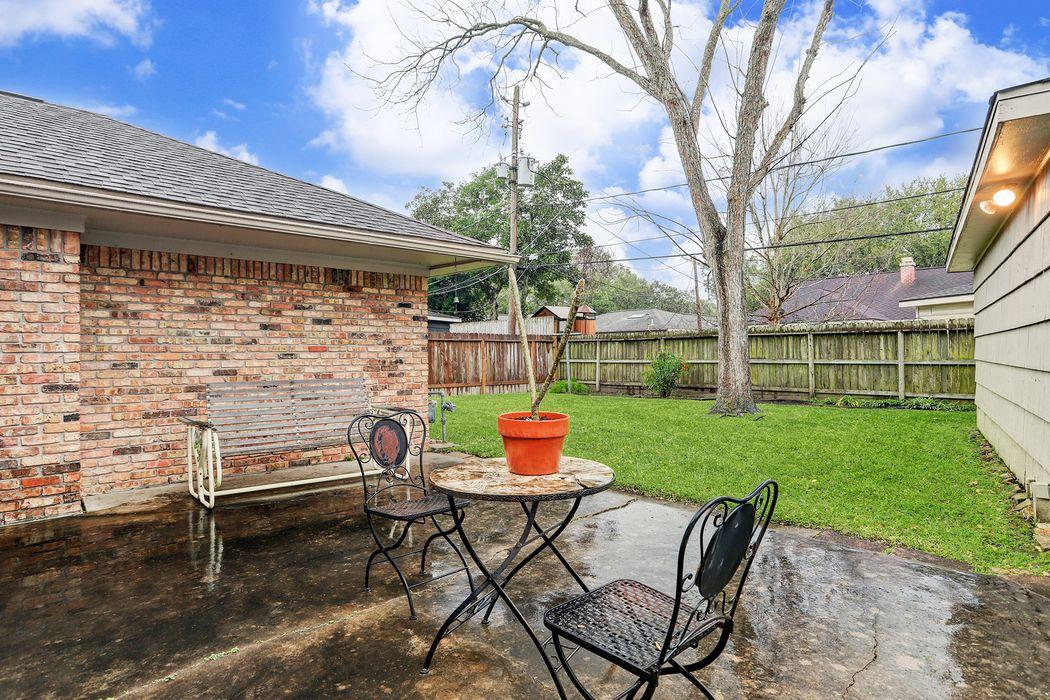 5331 Indigo Street Houston, TX 77096
