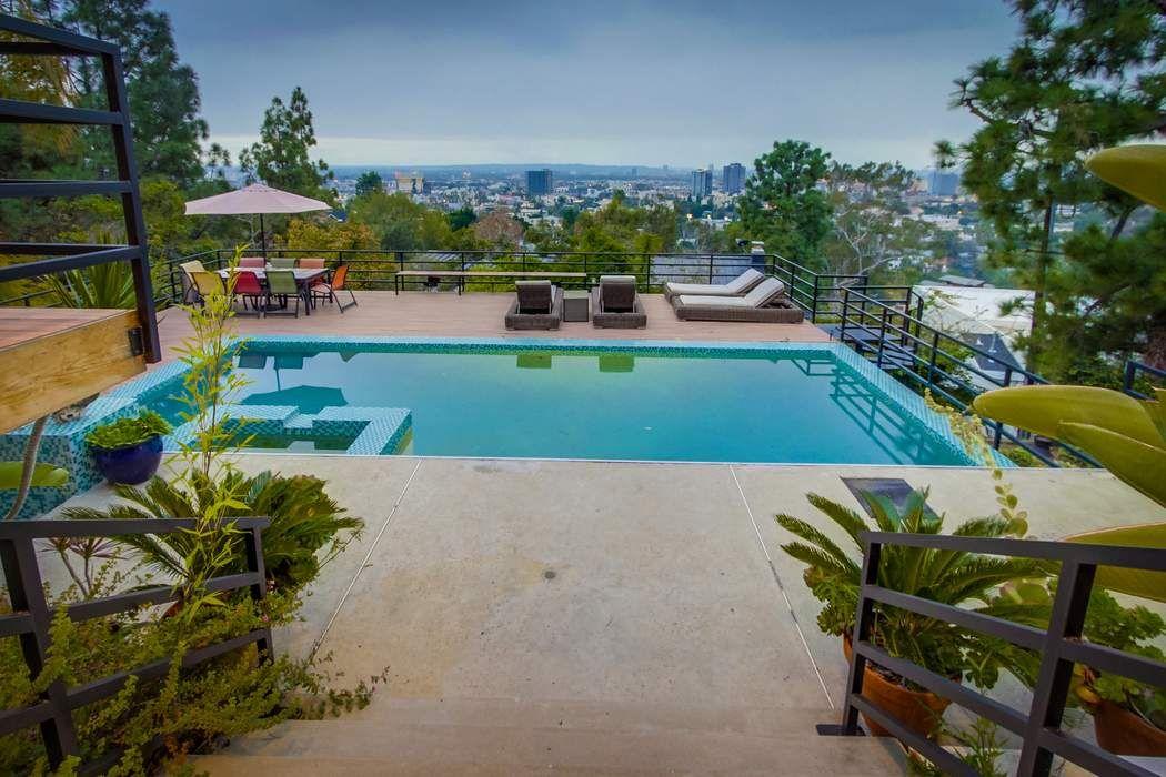 5700 Holly Oak Drive Los Angeles, CA 90068