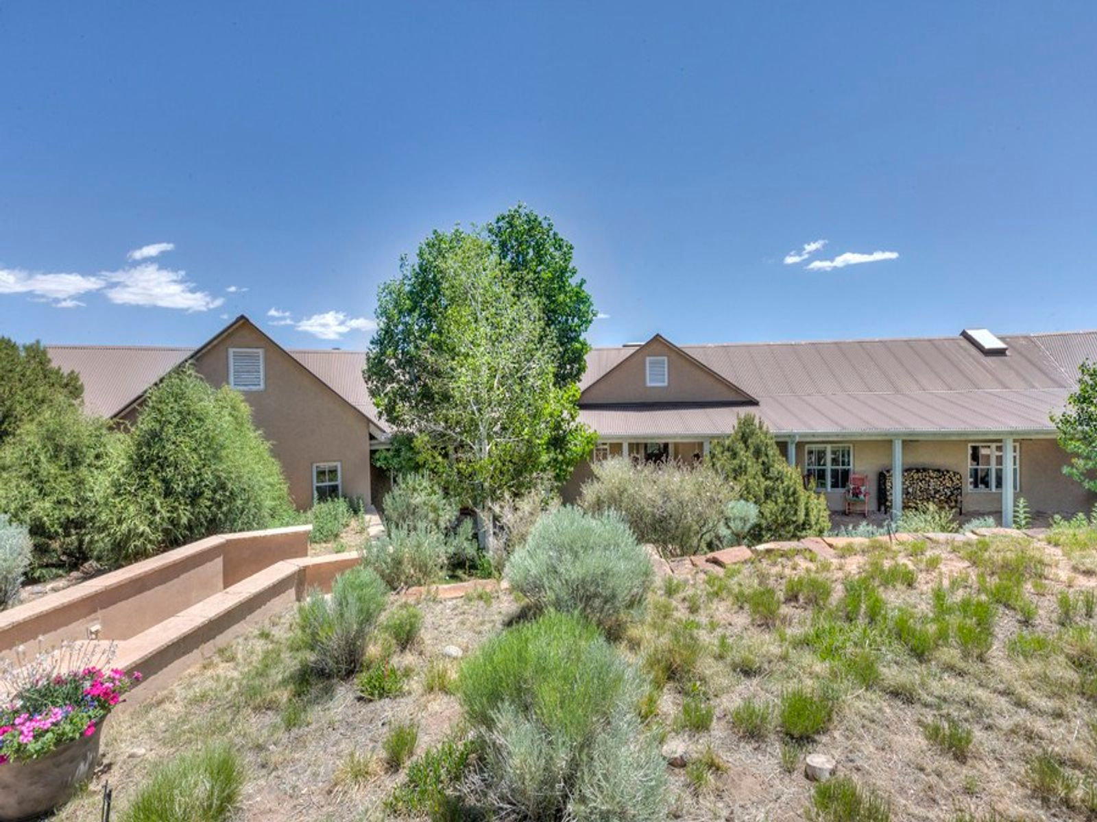 57 Goodnight Trail East, Santa Fe NM Single Family Home - Santa Fe Real Estate