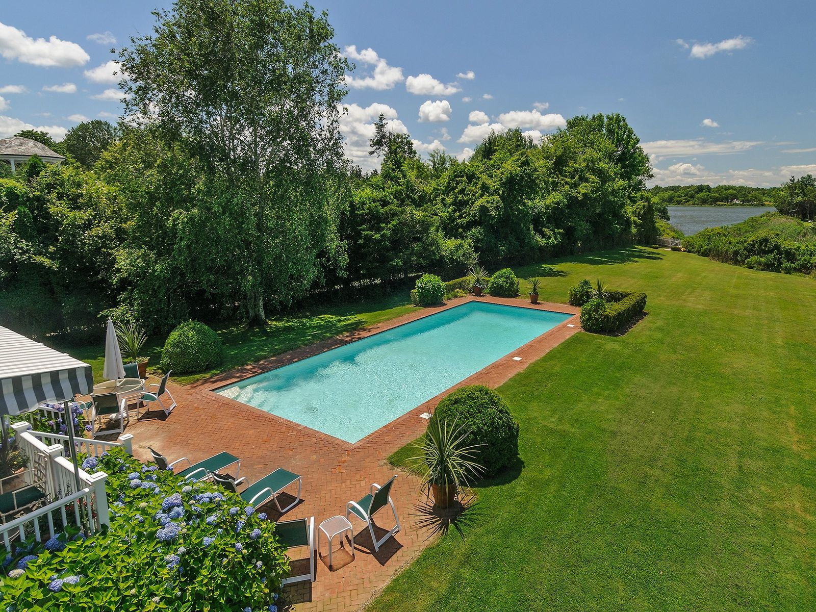 Waterfront Location - Estate Section, Southampton NY Single Family Home - Hamptons Real Estate